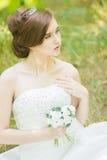 красивейшие детеныши портрета невесты стоковая фотография rf