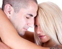 Красивейшие молодые пары в влюбленности стоковые изображения