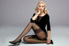 красивейшие ноги девушки длиной Стоковые Изображения