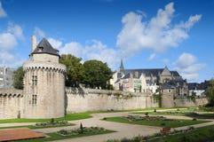 Красивейшие сады и стены в Vannes, Бретан Стоковые Изображения