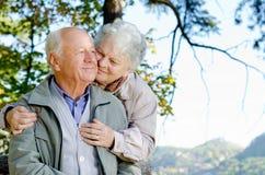 Красивейшие старшие пары Стоковые Изображения