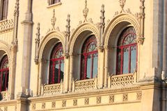 красивейшие старые окна стоковая фотография