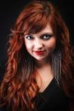 красивейшие с волосами симпатичные красные детеныши женщины redhead стоковое фото rf