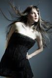 красивейшие черные детеныши девушки платья Стоковая Фотография RF