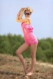 красивейшие blondie представления outdoors Стоковая Фотография RF