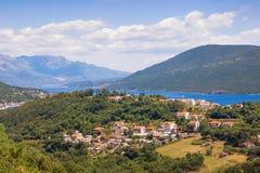 красивейший ландшафт среднеземноморской kotor montenegro залива Стоковое Изображение RF
