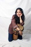 красивейший барабанчик latina djembe Стоковое Изображение