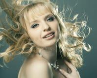 красивейший белокурый портрет волос девушки Стоковые Фото
