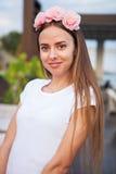 красивейший венок женщины цветка Стоковые Фото