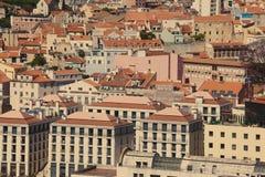 Красивейший взгляд города Лиссабона старого, Португалии Стоковые Изображения