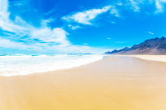 красивейший взгляд неба моря Стоковые Фото