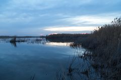 красивейший восход солнца озера Стоковое фото RF