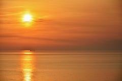 Красивейший восход солнца над морем стоковые фото