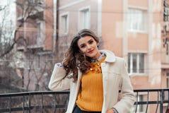красивейший девушки портрет outdoors Стоковое Изображение RF