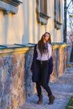 красивейший заход солнца девушки Стоковые Фотографии RF