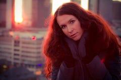 красивейший красный цвет волос девушки Стоковые Фотографии RF