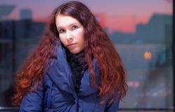 красивейший красный цвет волос девушки Стоковая Фотография