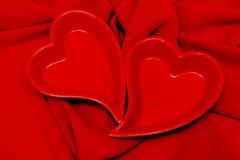 красивейший красный цвет 2 сердец Стоковые Изображения