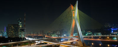 Красивейший мост в Сан-Паулу Стоковые Изображения