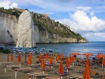 Landscapre пляжа Vieste, Apulia Италии Стоковое Изображение