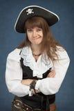 красивейший пират девушки сторон вытягивает детенышей Стоковое Изображение