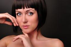 красивейший портрет девушки способа брюнет Стоковые Изображения