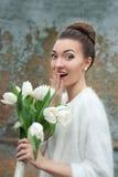 красивейший портрет невесты Wedding составляет венчание тесемки приглашения цветка элегантности детали украшения предпосылки Стоковая Фотография RF
