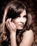Красивейший представлять молодой женщины стоковые фотографии rf