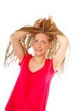 красивейший стиль причёсок девушки много косичек Стоковая Фотография RF