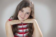 красивейший усмехаться девушки подростковый Стоковое Изображение RF