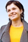 красивейший усмехаться портрета девушки брюнет Стоковые Фотографии RF