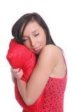 красивейший усмехаться спать подушки девушки Стоковое Изображение RF