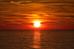 красивейший цветастый заход солнца Стоковая Фотография RF