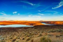 красивейший шлюпок заход солнца powell порта ландшафта озера сказово стоковые изображения