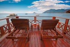 красивейший экзотический взгляд террасы взморья моря Стоковое Изображение