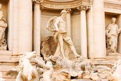 красивейший trevi roma ночи фонтана Стоковая Фотография