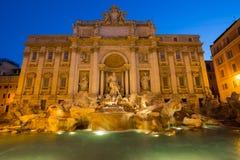 красивейший trevi roma ночи фонтана Стоковые Фотографии RF