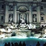 красивейший trevi roma ночи фонтана Стоковое фото RF