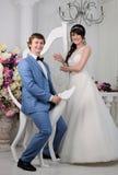 красивейшими изолированная парами белизна портрета венчание заказа части платья Аксессуары свадьбы Стоковое Изображение
