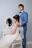 красивейшими изолированная парами белизна портрета венчание заказа части платья Аксессуары свадьбы Стоковая Фотография RF