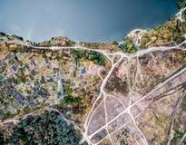 Красивое воздушное фото местности с доступом к воде Стоковые Изображения
