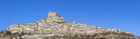 Красивое горное село Morella, Испания стоковые изображения