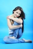 Красивое грациозно брюнет девушки с длинними волосами Стоковые Фото