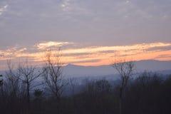 Красивое захода солнца во времени вечера стоковое изображение