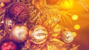 Красивое золото и красный цвет орнамента рождества Стоковое Фото