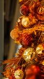 Красивое золото и красный цвет орнамента рождества Стоковые Изображения RF