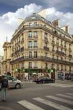 Красивое здание в Париже Стоковая Фотография RF