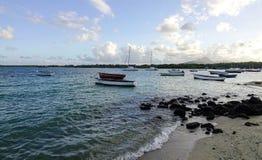 Красивое море в грандиозном Baie, Маврикии Стоковые Изображения