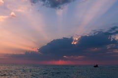 Красивое мотоцилк захода солнца, моря и воды Стоковая Фотография RF