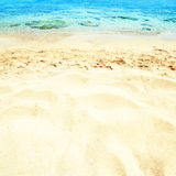 Красивое небо и летний день песка моря - путешествуйте троповый курорт wal Стоковые Фото